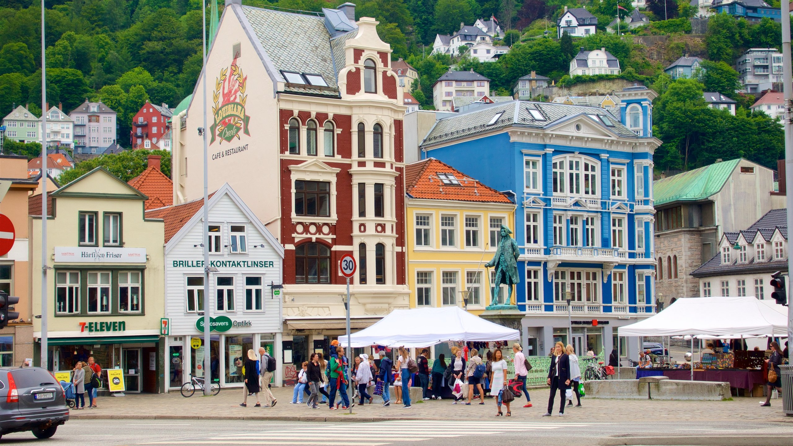 Walk around this popular spot in Bergen, a beautiful neighborhood full of traditional houses, museums, restaurants and shops along an arm of the North Sea.