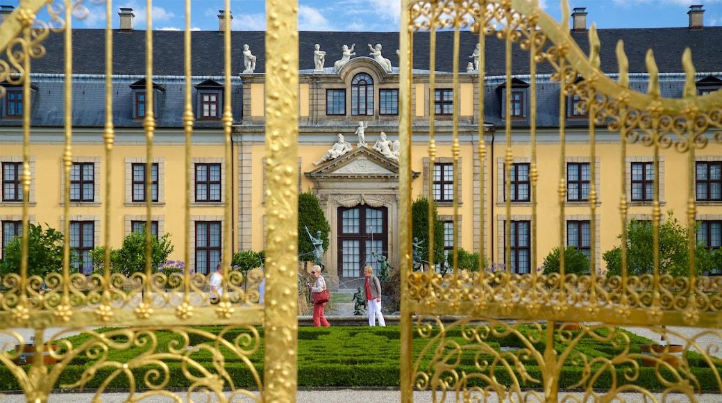 Herrenhäuser Gärten welches beinhaltet Geschichtliches, historische Architektur und Garten