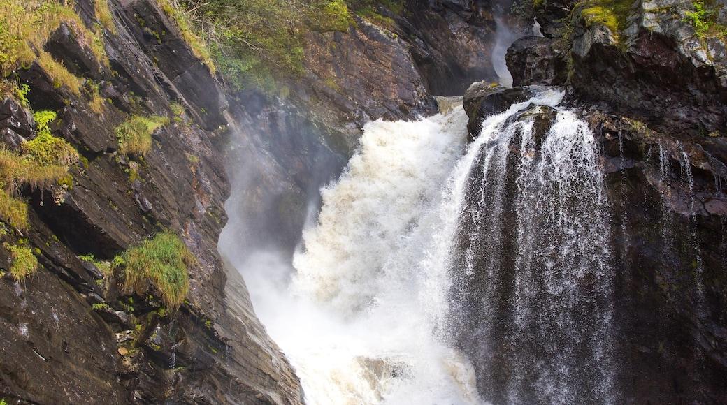 Otta mit einem Fluss oder Bach