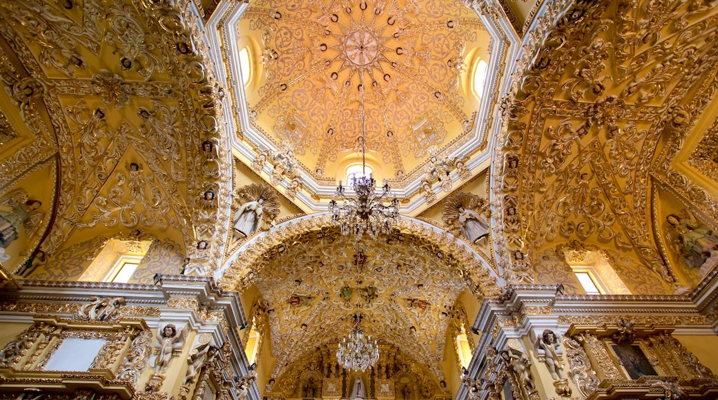 Puebla which includes interior views and heritage elements