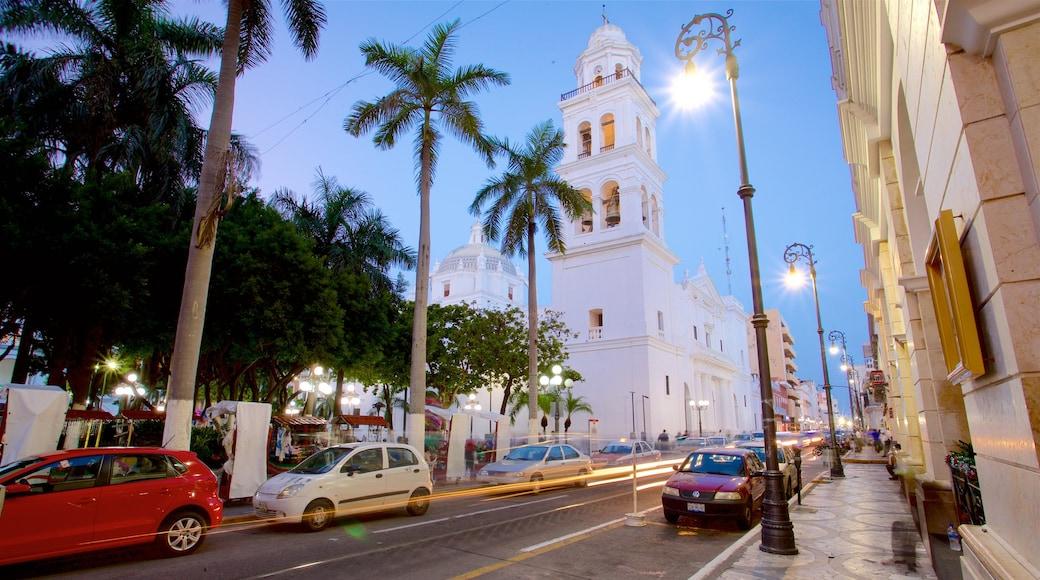 Catedral de Veracruz que incluye elementos del patrimonio