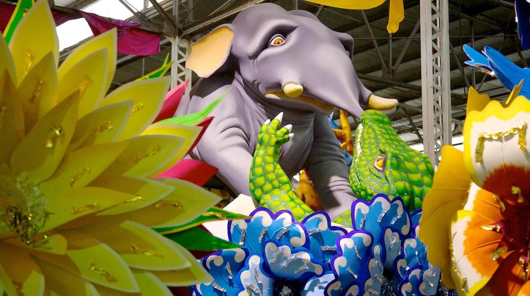 Mardi Gras World showing art, interior views and flowers