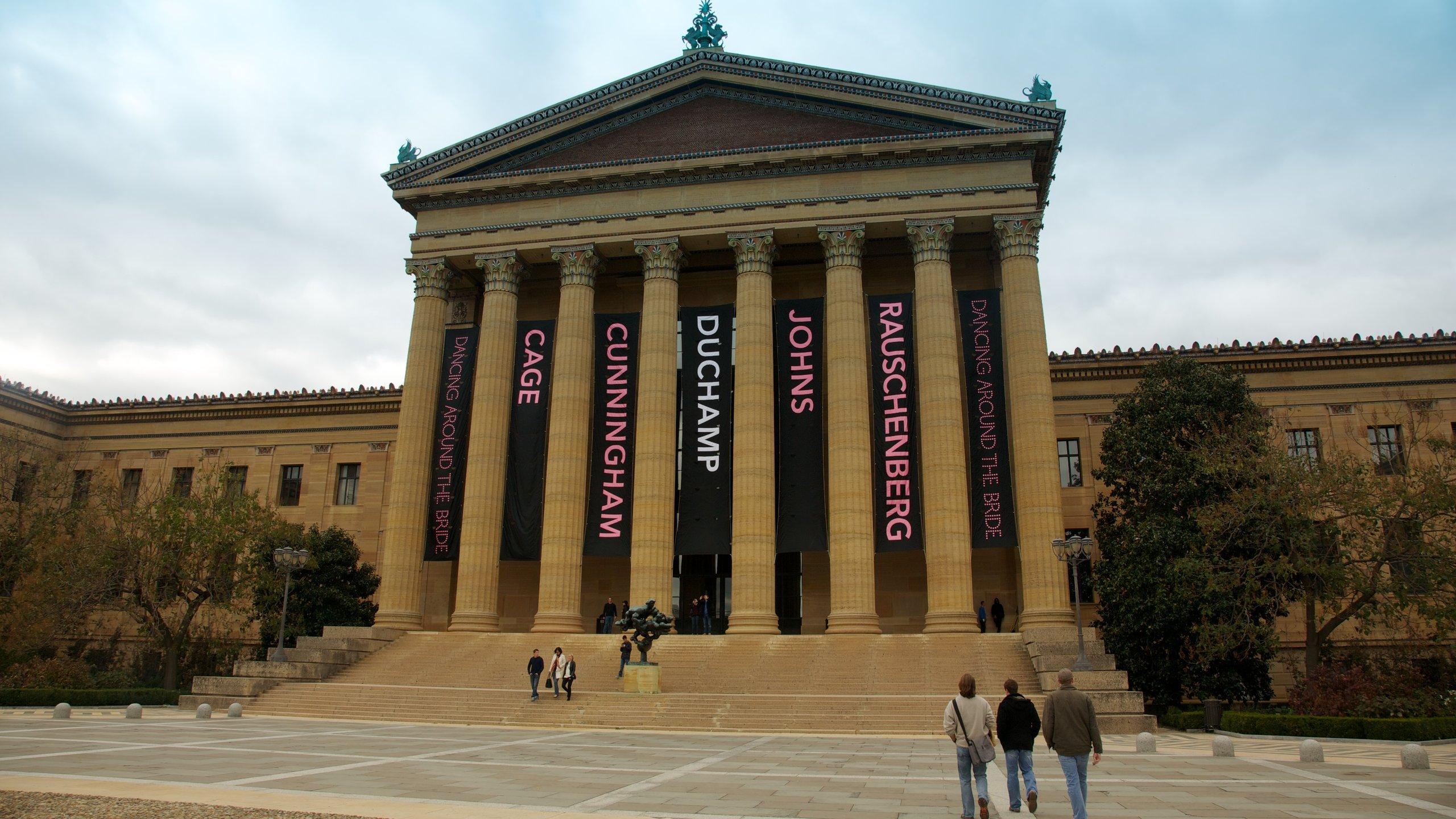 Com centenas de objetos, um Museu Rodin, obras de famosos artistas impressionistas e um jardim de esculturas, o Museu de Arte de Filadélfia é considerado um dos maiores do país.