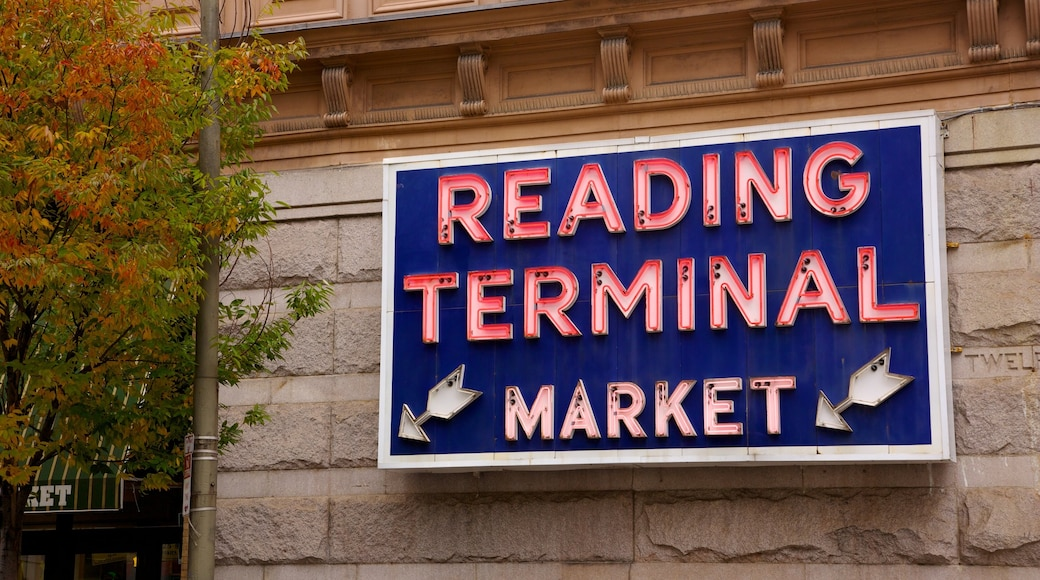 Reading Terminal Market which includes markets and signage