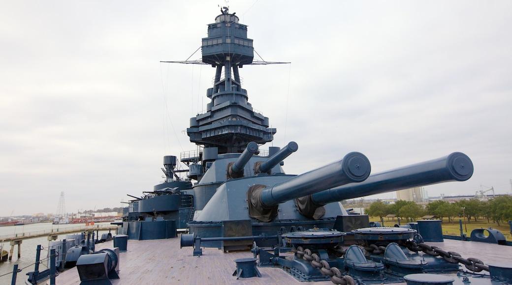 Battleship Texas caracterizando itens militares
