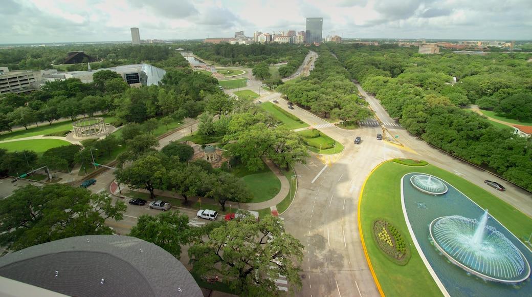 Hermann Park mostrando um parque e uma fonte