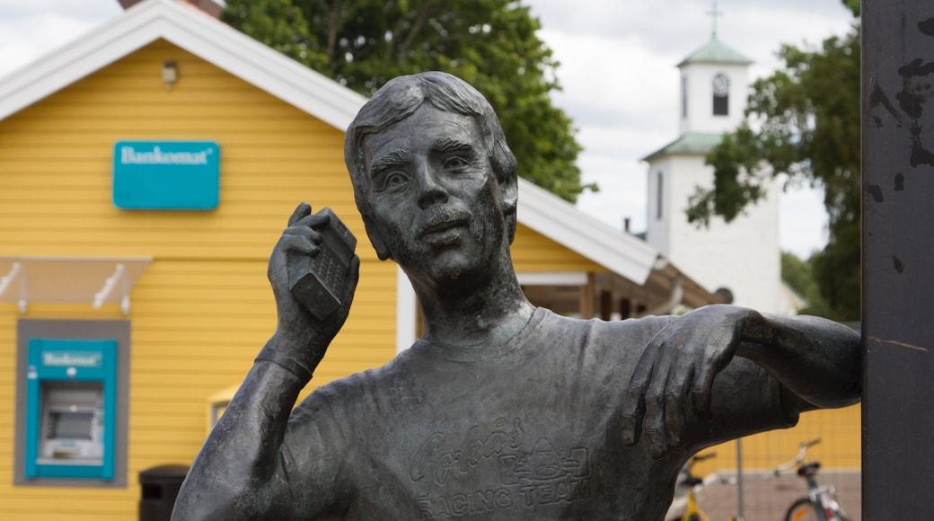 Ullared som visar en staty eller skulptur