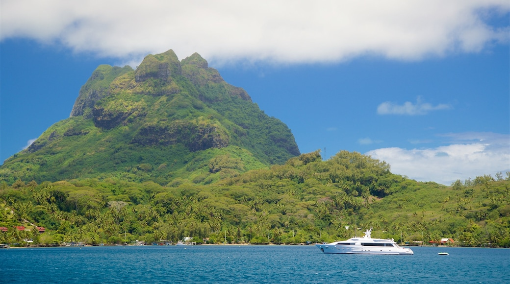 Mt. Otemanu which includes general coastal views and mountains