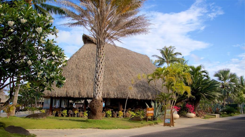 Matira Point das einen tropische Szenerien
