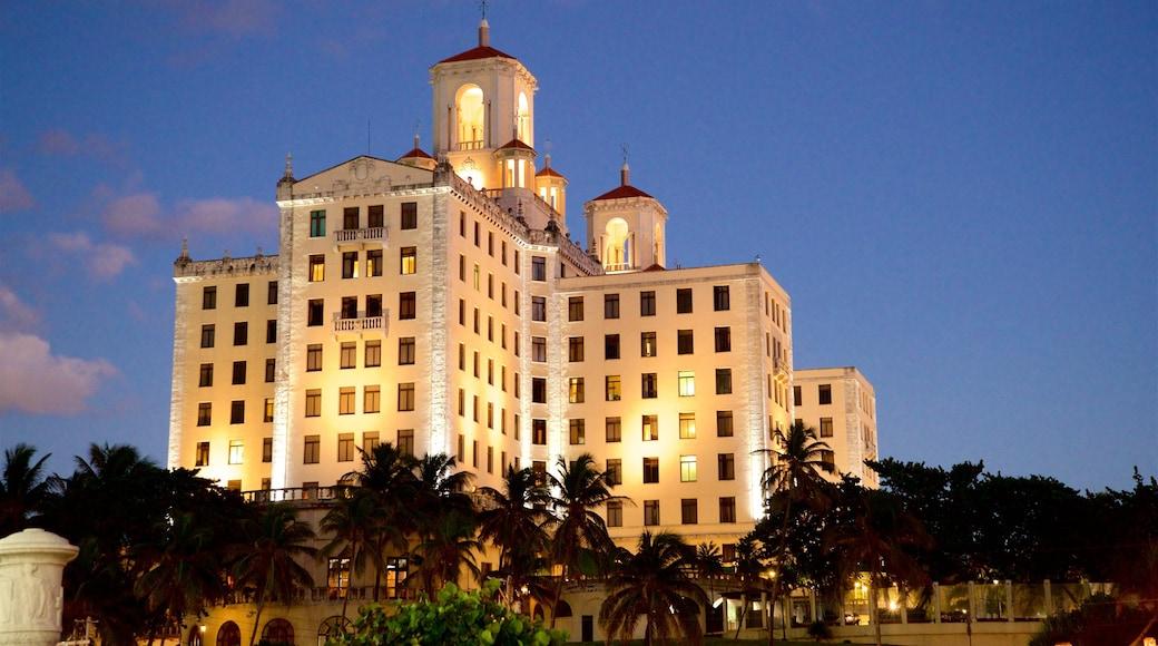 Hotel Nacional which includes night scenes