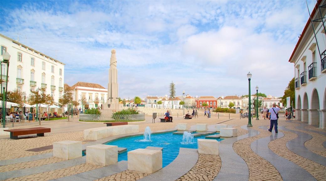 Praca da Republica mostrando fontana e piazza