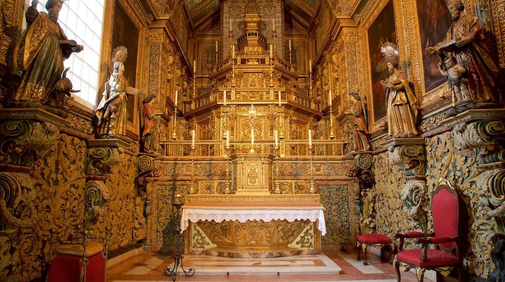 Kathedraal van Faro bevat interieur, historisch erfgoed en een kerk of kathedraal