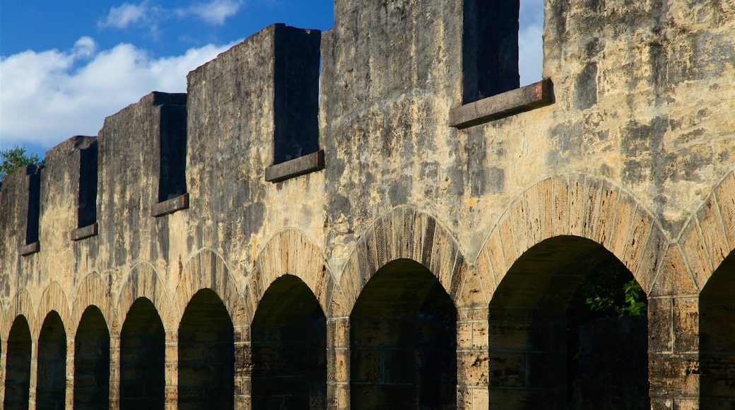 The Arches featuring heritage elements