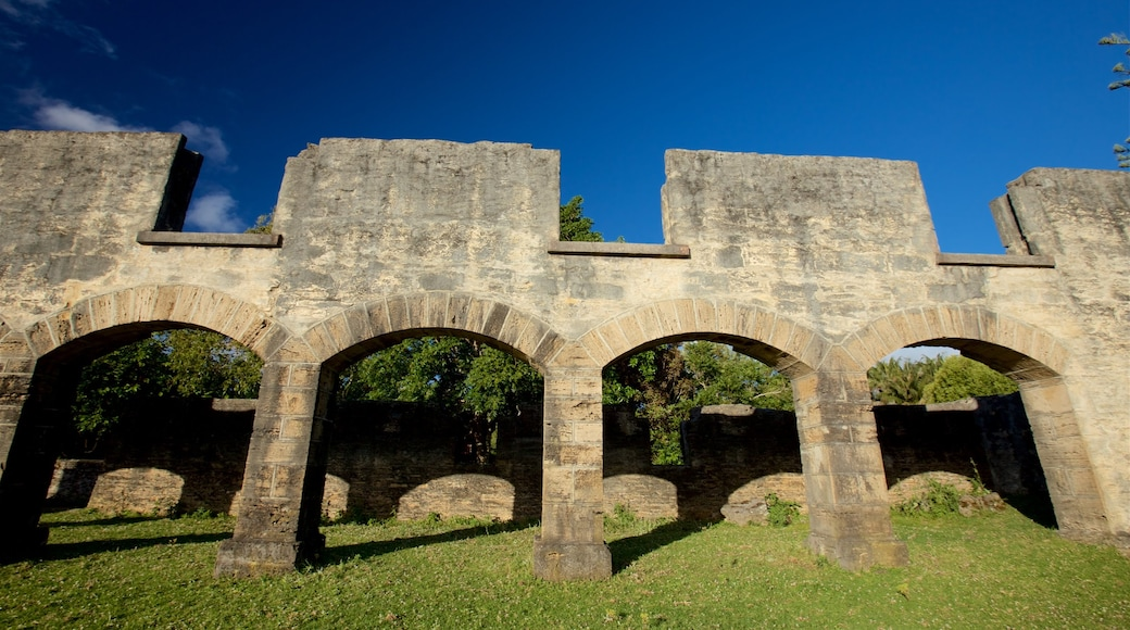 The Arches featuring heritage elements and a ruin