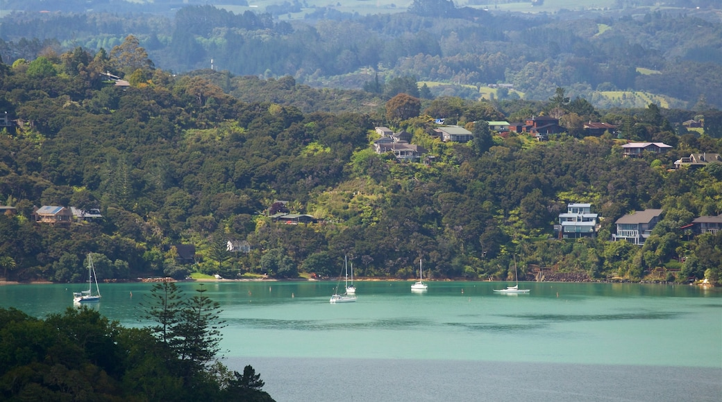 Flagstaff Hill which includes tranquil scenes, landscape views and a bay or harbour