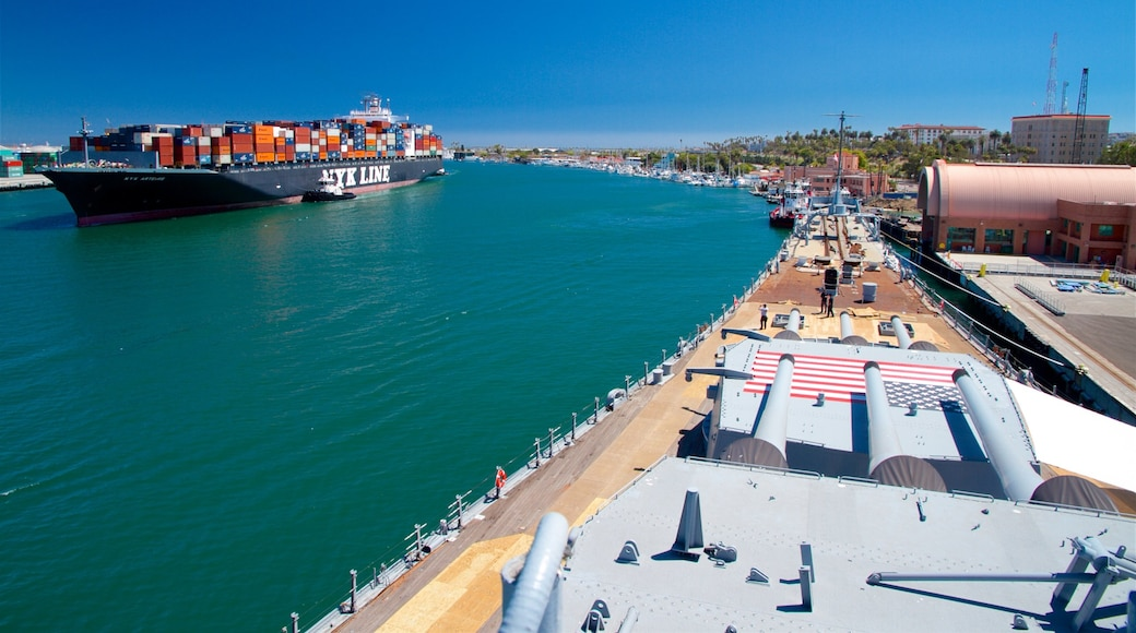USS Iowa which includes a bay or harbour