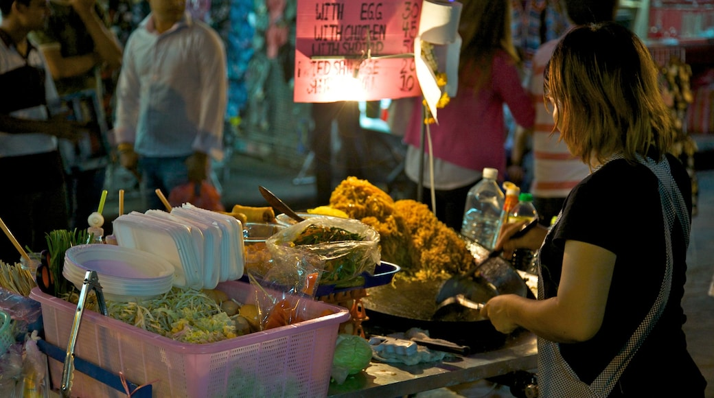 Khao San Road featuring outdoor eating, food and markets