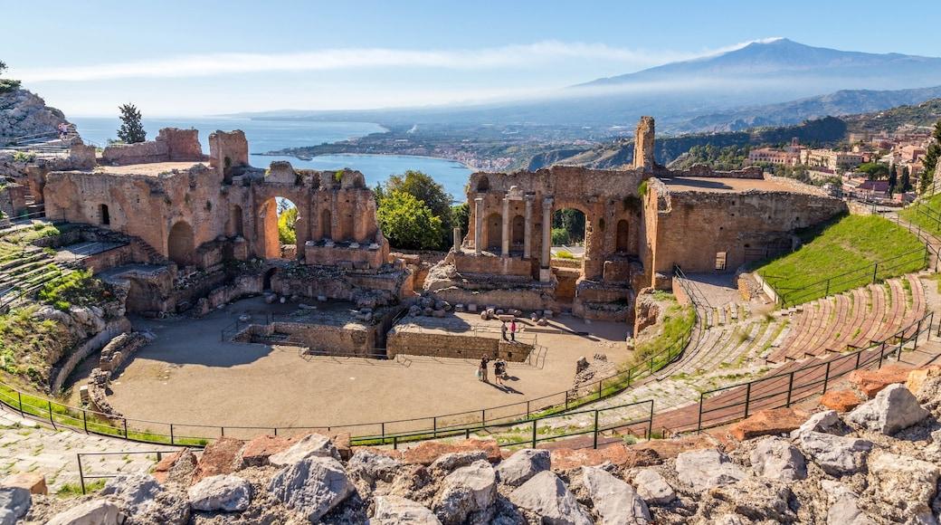 Ätna das einen Theater, Landschaften und historische Architektur