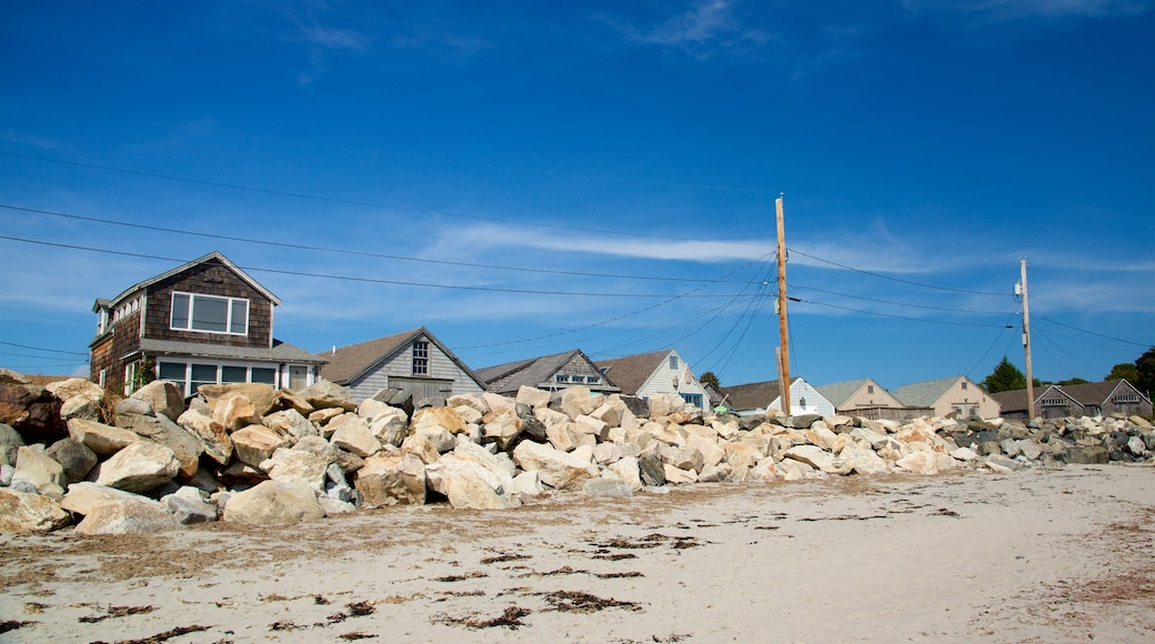 New Hampshire which includes a sandy beach and a house