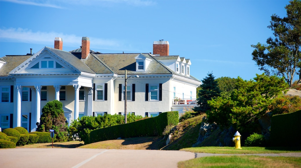 Newport featuring a house