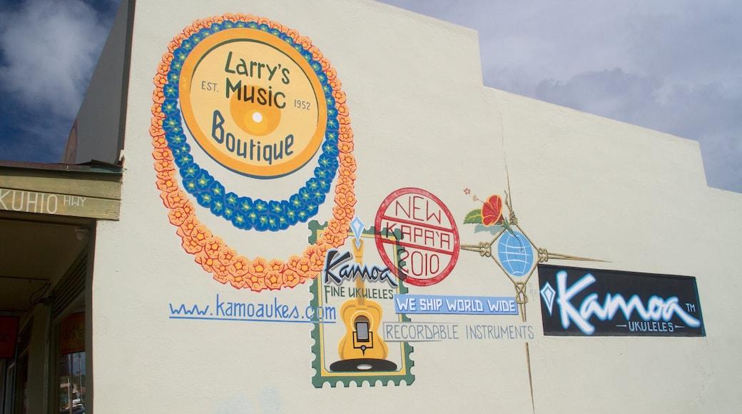 Kapaa featuring outdoor art