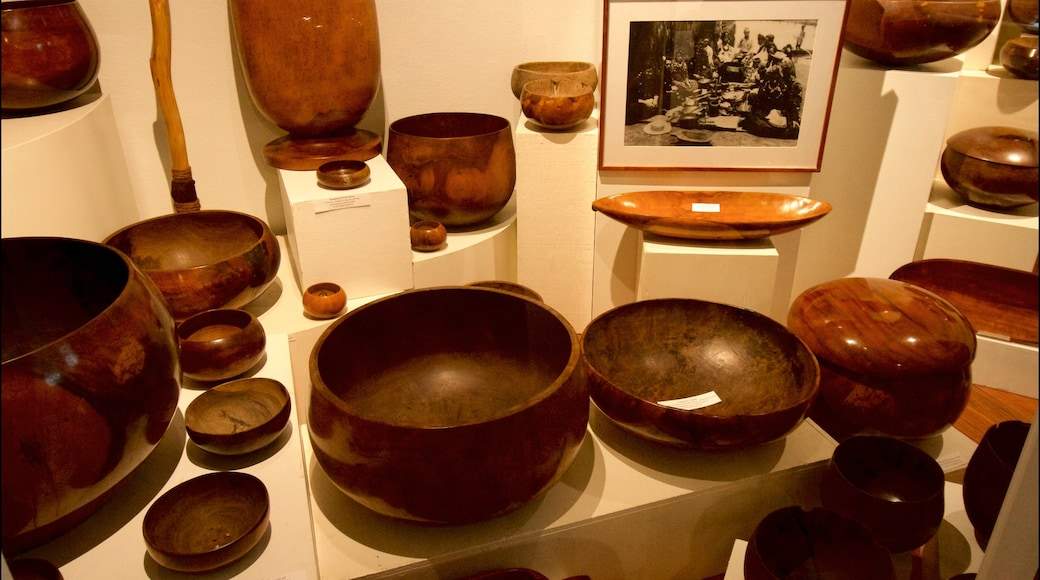 Kauai Museum showing interior views and heritage elements