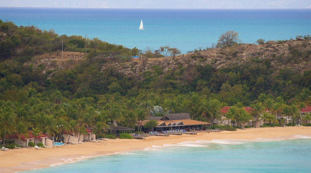 Fort Barrington som viser sandstrand, kyst og tropisk landskap