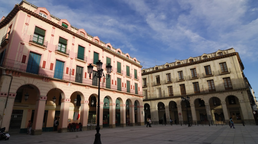 Huesca featuring a square or plaza