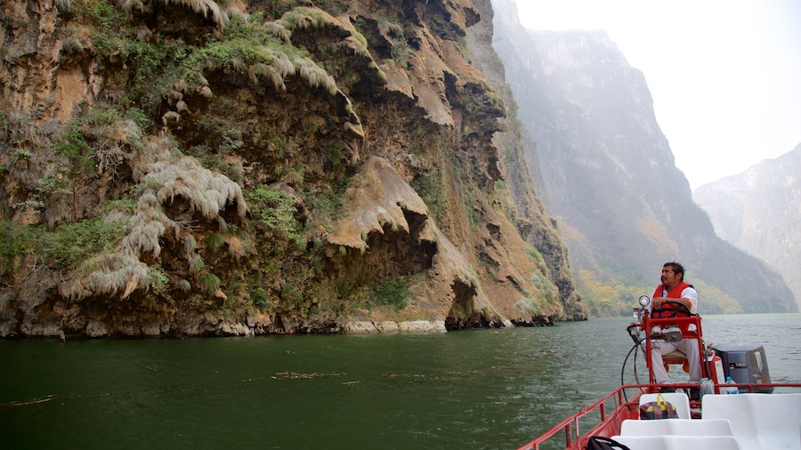 Canon del Sumidero National Park which includes a river or creek, boating and a gorge or canyon