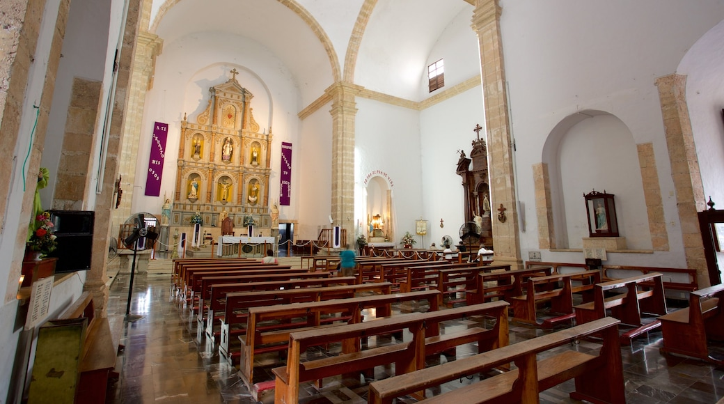 Cathedral of San Gervasio featuring heritage elements, interior views and a church or cathedral