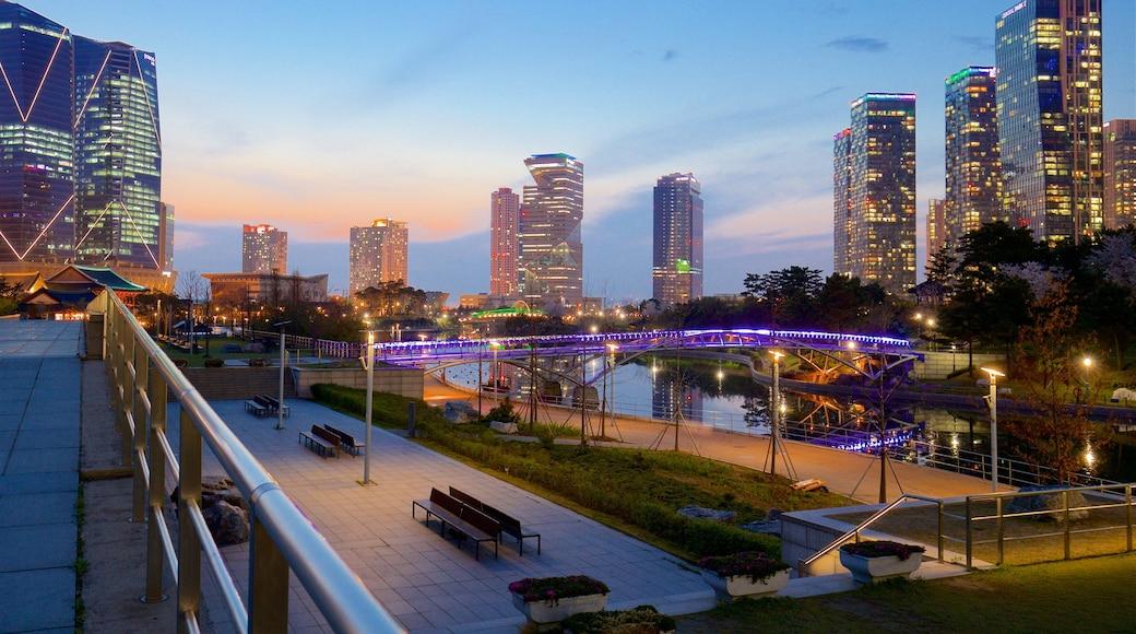 仁川 其中包括 摩天大樓, 夕陽 和 城市