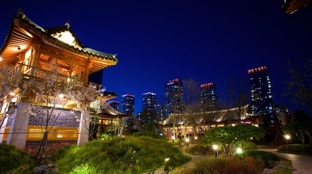 仁川 其中包括 夜景, 高樓大廈 和 傳統元素