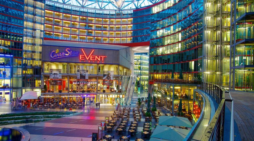 Potsdamer Platz showing shopping, modern architecture and cbd