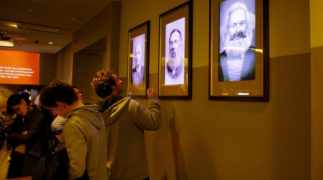 DDR Museum mettant en vedette vues intérieures
