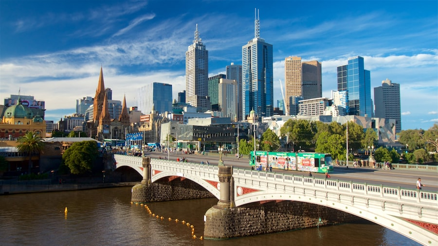 Southbank which includes a city, a high-rise building and a river or creek