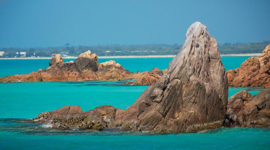 Western Australia featuring rocky coastline and general coastal views