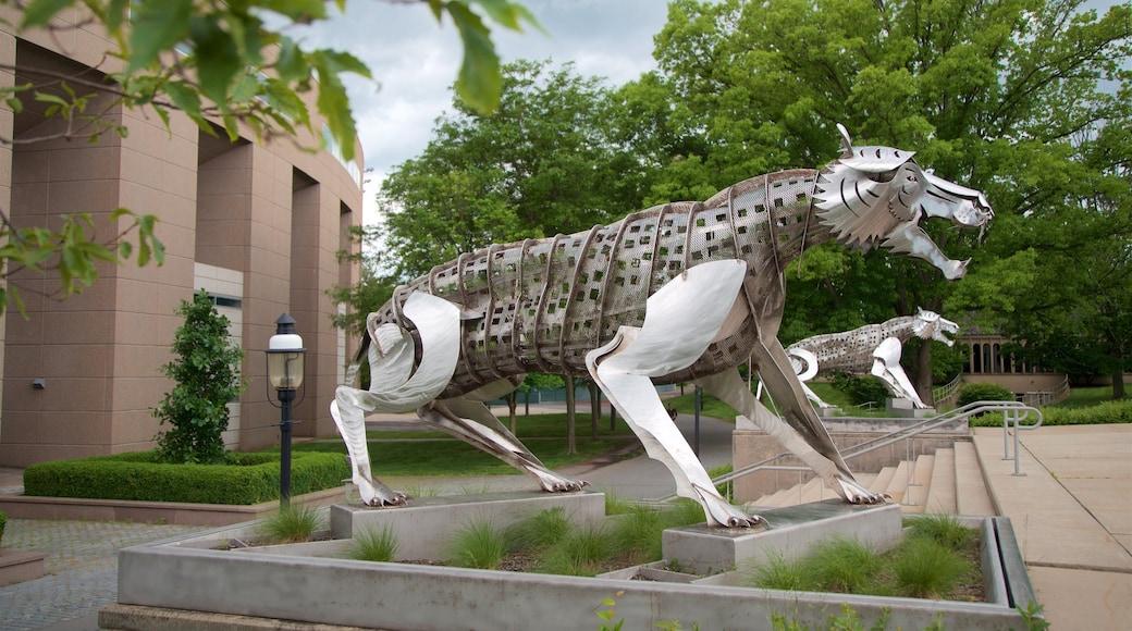 Princeton University Stadium mostrando arte ao ar livre