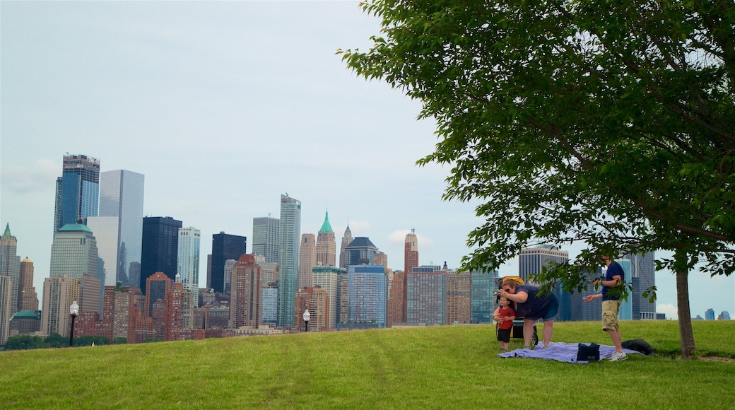 Liberty State Park showing a skyscraper, a park and a city
