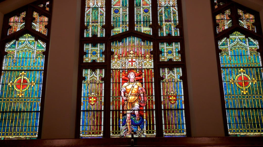 Princeton caracterizando uma igreja ou catedral, aspectos religiosos e vistas internas