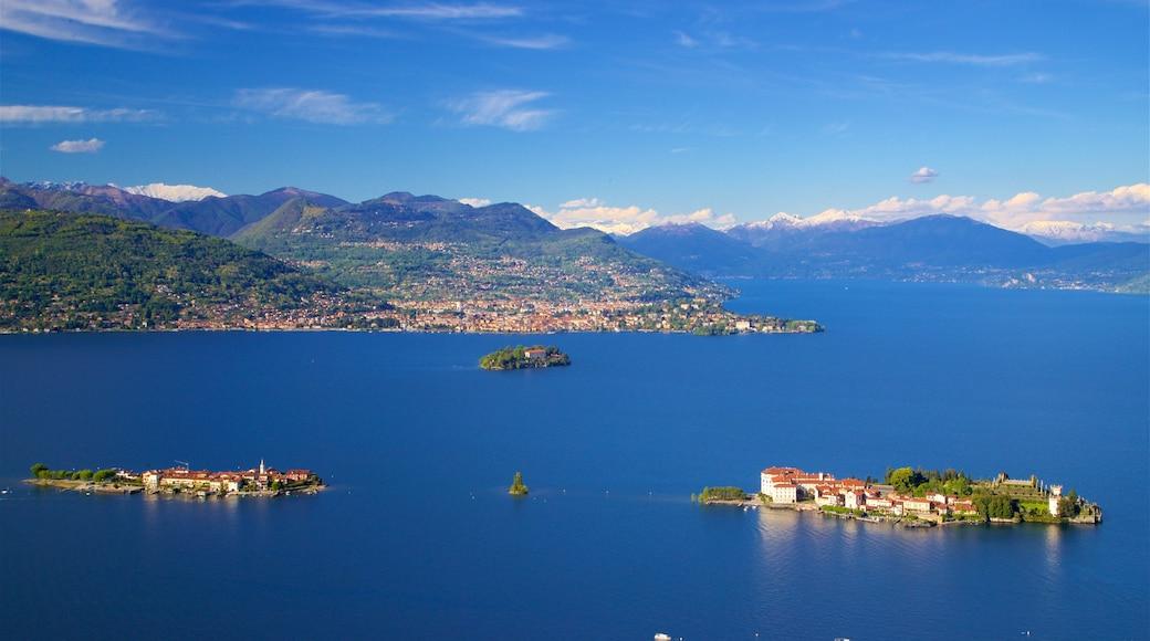 Funivia Stresa-Alpino-Mottarone welches beinhaltet Küstenort, Kleinstadt oder Dorf und Inselbilder
