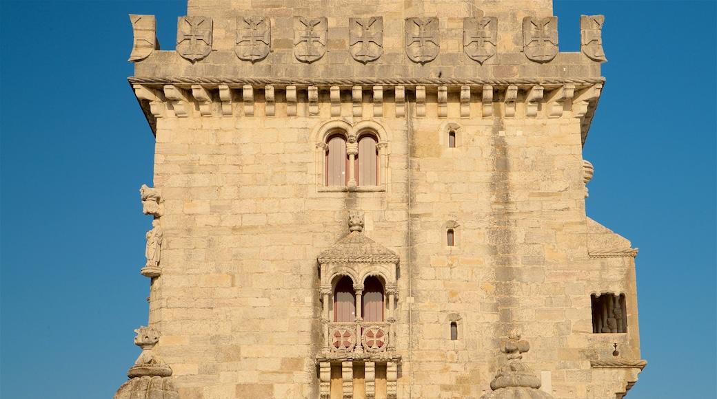 Torre de Belém que inclui elementos de patrimônio