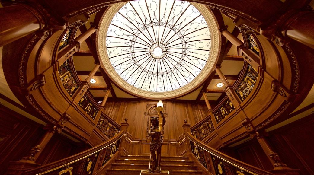 泰坦尼克博物館 其中包括 內部景觀, 雕像或雕塑 和 傳統元素