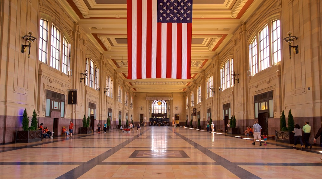 Union Station showing interior views and heritage elements
