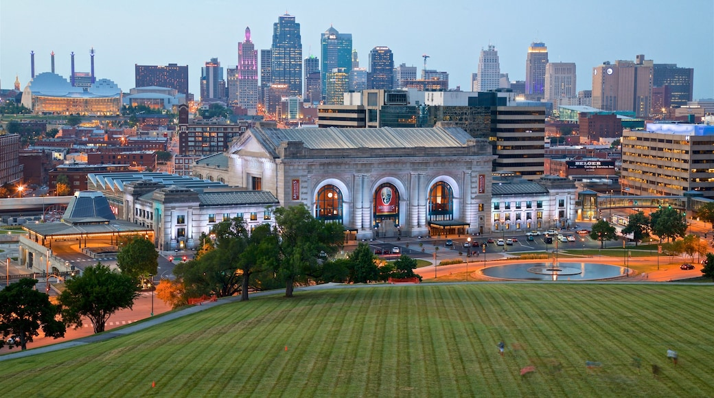 Union Station featuring heritage architecture, landscape views and a high rise building