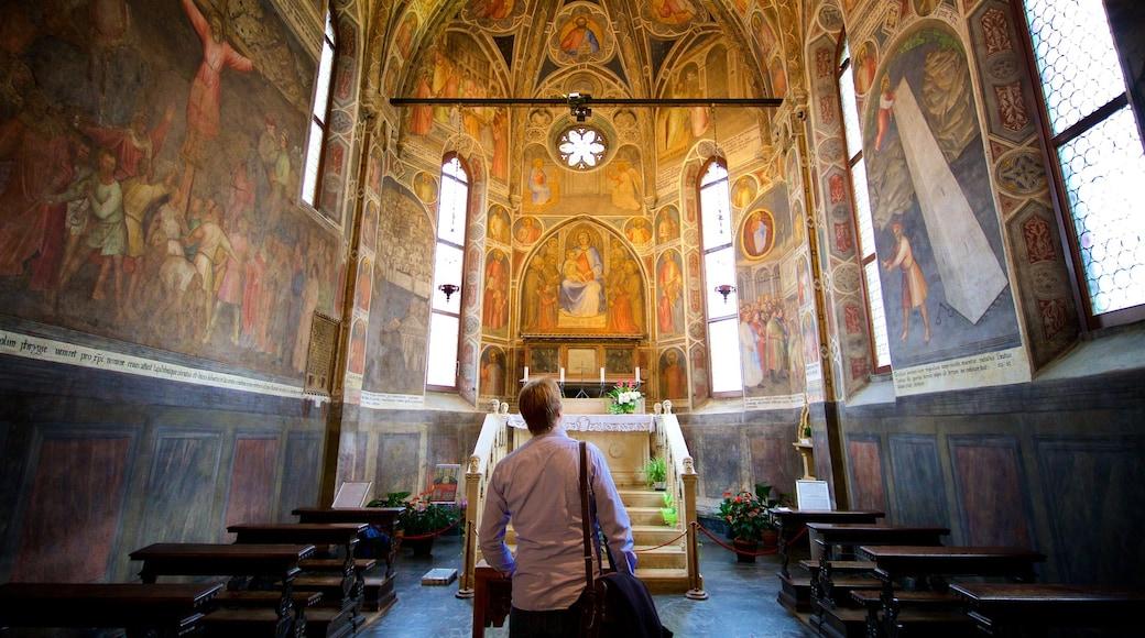 Basilica di Sant\'Antonio di Padova che include elementi religiosi, vista interna e oggetti d\'epoca