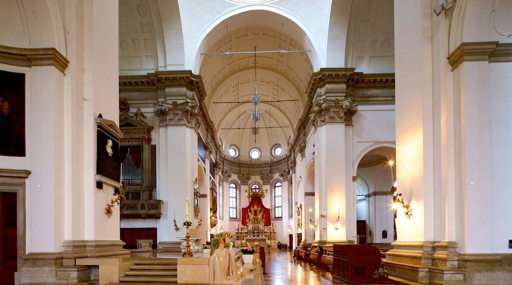 Padua Cathedral showing heritage elements, interior views and a church or cathedral