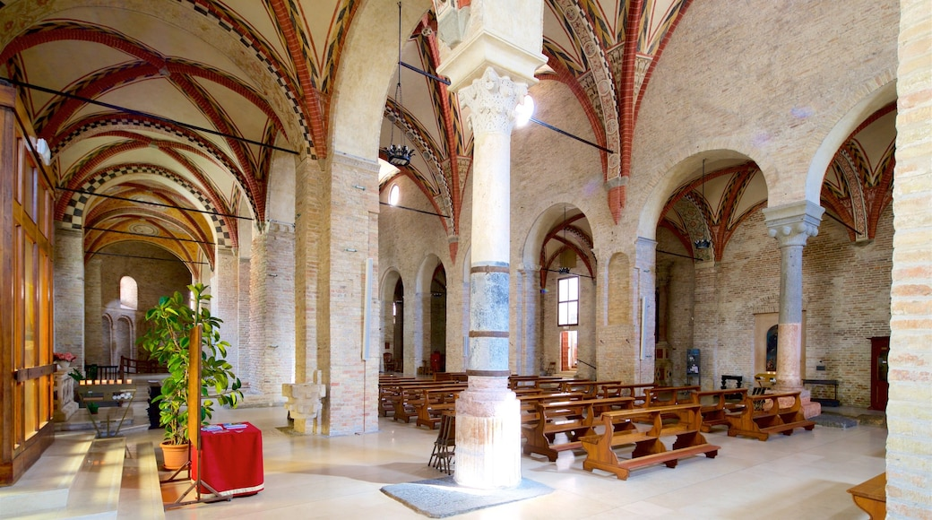 Santa Sofia which includes interior views, a church or cathedral and heritage elements