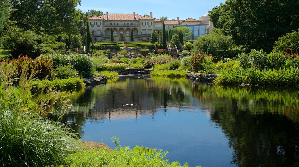 Philbrook Museum of Art showing heritage elements, a pond and a park