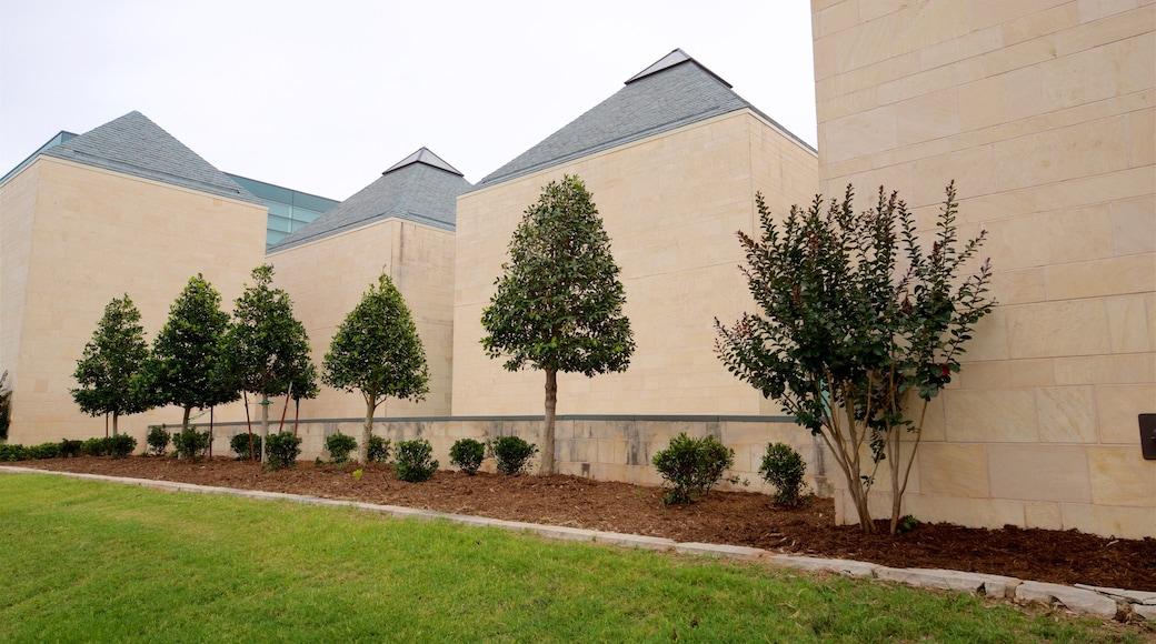 Fred Jones Jr. Museum of Art featuring a garden