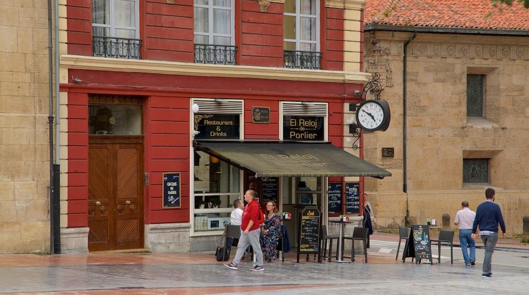 Plaza de Porlier showing street scenes